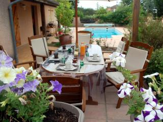 2 bedroom Bed and Breakfast with Internet Access in Fronton - Fronton vacation rentals