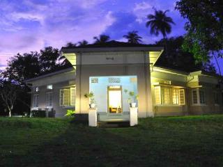 4 Bed Room Villa - Dilpasan Ambalangoda - Ambalangoda vacation rentals