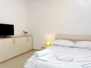 Studio apartment - balcony (5) - Podstrana vacation rentals