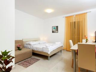 Studio apartment - balcony (6) - Podstrana vacation rentals