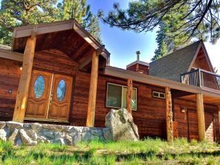 Family Friendly 3BR/2BH W/hot tub Lake Tahoe - South Lake Tahoe vacation rentals