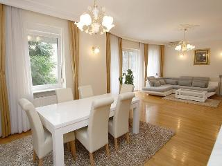 ZAGREB HOUSE4YOU   LUXURY APARTMENT 1 - Zagreb vacation rentals