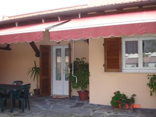 depandance - Pietrasanta vacation rentals