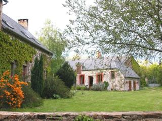 Sunny Gite with Internet Access and Television - Saint-Germain-de-Coulamer vacation rentals