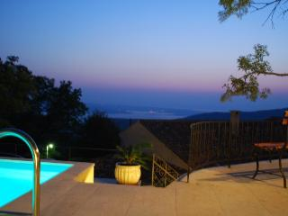 Cozy 3 bedroom Villa in Crikvenica with Deck - Crikvenica vacation rentals