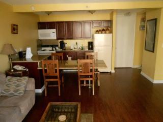 812WS Waikiki Beachside 1 Bedroom Full Kitchen w/Balcony - Honolulu vacation rentals