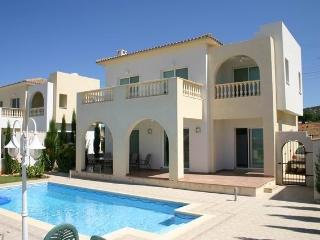 Beautiful Villa with Internet Access and A/C - Peyia vacation rentals