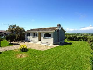 Beach cottage, Fethard on Sea, Co. Wexford - Tomhaggard vacation rentals