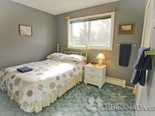 Island Haven Guest House - Nanuq - Northwest Territories vacation rentals
