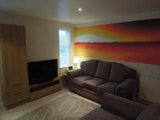 Beautiful Condo with Internet Access and DVD Player - Liverpool vacation rentals