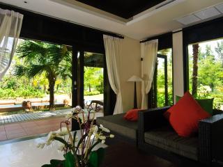 Villa Samorna - the Garden of Flowers - Thap Put vacation rentals