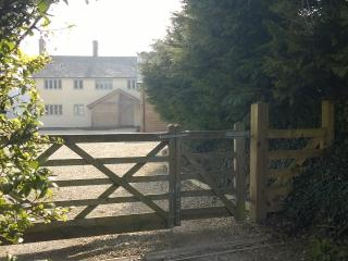 Self - Contained Studio Apartment with Rural Views - Devizes vacation rentals