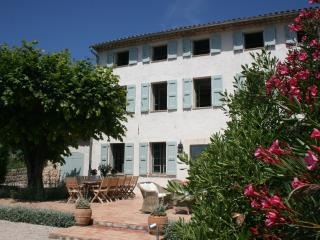 Provencal Farmhouse in Grasse - Coastline Views - Grasse vacation rentals