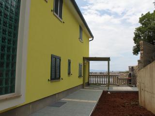 Beautiful apartment Primavera 2 in Omisalj - Omisalj vacation rentals