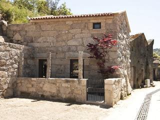 RH Casas de Campo Design - Kiko House - Geres vacation rentals