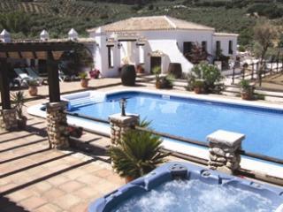 Cozy 2 bedroom Cottage in Villanueva del Trabuco with Internet Access - Villanueva del Trabuco vacation rentals