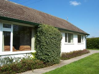 3 bedroom Bungalow with Internet Access in Worcester - Worcester vacation rentals