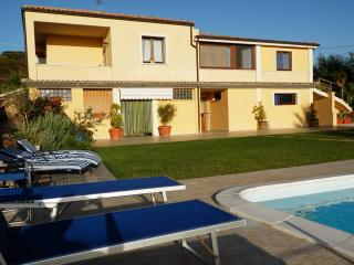 Nice 2 bedroom Alghero Apartment with Internet Access - Alghero vacation rentals
