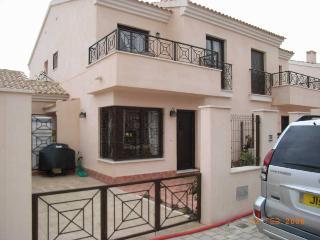 Beautiful 3 bedroom Villa in San Cayetano - San Cayetano vacation rentals