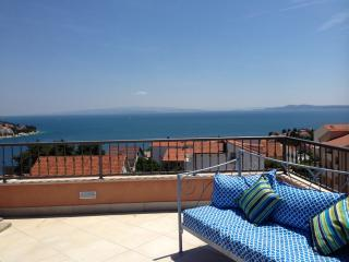 Perfect 2 bedroom Apartment in Ciovo - Ciovo vacation rentals