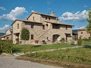Nice House with Deck and A/C - San Pietro a Cegliolo vacation rentals