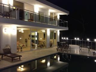 Villa Olive - Islamlar vacation rentals