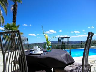 Nice Gite with Internet Access and Satellite Or Cable TV - Speracedes vacation rentals