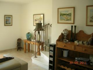 Bright 2 bedroom Townhouse in Aigues-Mortes with Internet Access - Aigues-Mortes vacation rentals