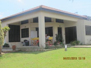 SUNNY VILLA - Protaras vacation rentals