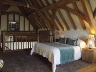 Wonderful 1 bedroom Colerne Cottage with Internet Access - Colerne vacation rentals