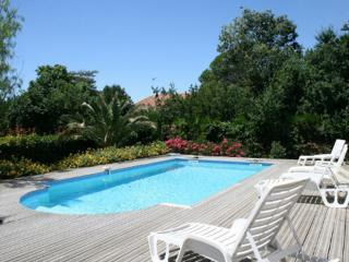 Nice Villa with Internet Access and Satellite Or Cable TV - Maraussan vacation rentals