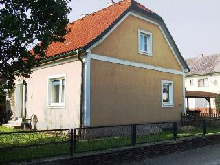 Charming House with Satellite Or Cable TV and Microwave - Oberkirchbach vacation rentals