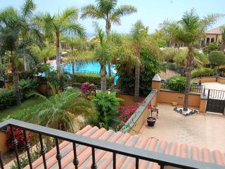 Townhouse in El Duque PD/25 - Costa Adeje vacation rentals