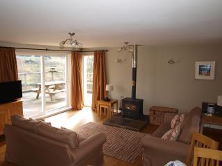 Beautiful 2 bedroom Cottage in Spittal of Glenshee - Spittal of Glenshee vacation rentals