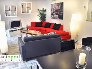 Cosmopolitan Chueca Historical - Madrid vacation rentals
