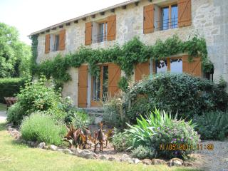 Merlot gite holiday cottage - Teuillac vacation rentals