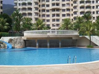 Beautiful Condo with Internet Access and Garden - Batu Ferringhi vacation rentals