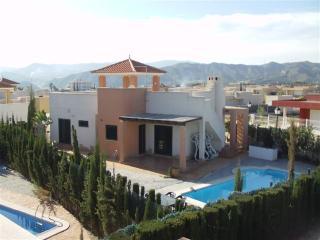 Nice 3 bedroom Arboleas Villa with Internet Access - Arboleas vacation rentals