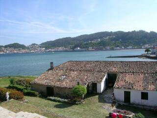 Nice House with Towels Provided and Balcony - Muros vacation rentals