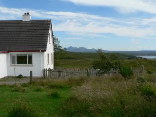 Perfect 3 bedroom Gairloch Condo with Dishwasher - Gairloch vacation rentals