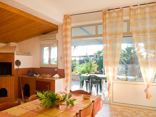 3 bedroom Villa with Internet Access in Cinisi - Cinisi vacation rentals