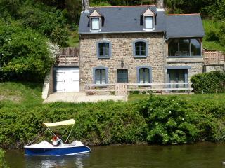 Le Martin-pêcheur - Lanvallay vacation rentals