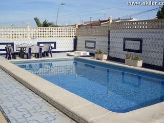 Los Balcones 4 Bed 3 Bath Villa, Private Pool Excellent Location - Province of Granada vacation rentals
