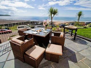 Ocean View Penthouse - Woolacombe seafront! - Woolacombe vacation rentals