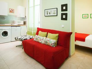 Madrid Gran Via 3 Apartment - Madrid vacation rentals