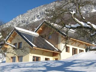 Nice Cottage with Internet Access and Central Heating - Chambéry vacation rentals