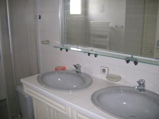 Nice Guest house with Internet Access and Central Heating - Eugenie Les Bains vacation rentals