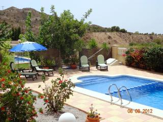 Nice Villa with Internet Access and Dishwasher - Mutxamel vacation rentals