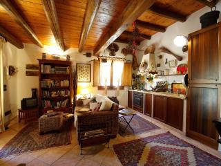 """Stone butterfly"", old stone house. - Scopello vacation rentals"