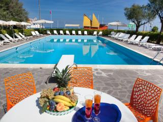 Nice Resort with Internet Access and Garden - Bellaria-Igea Marina vacation rentals